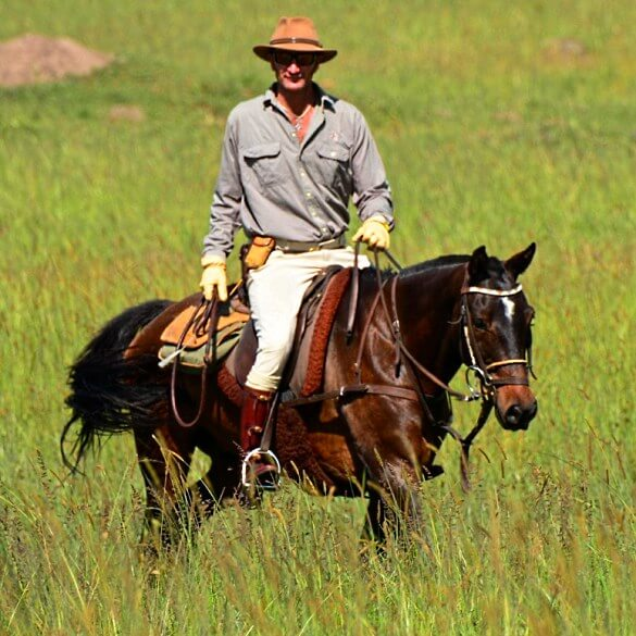 Kenya horse safari guide 2 thumbnail
