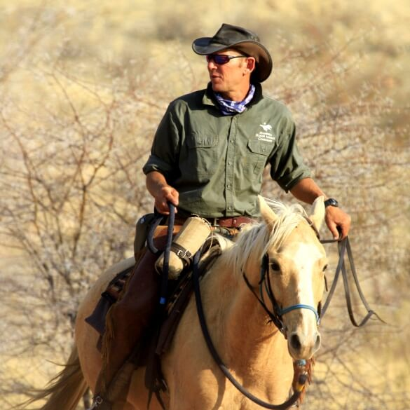 Namibia horse safari guide